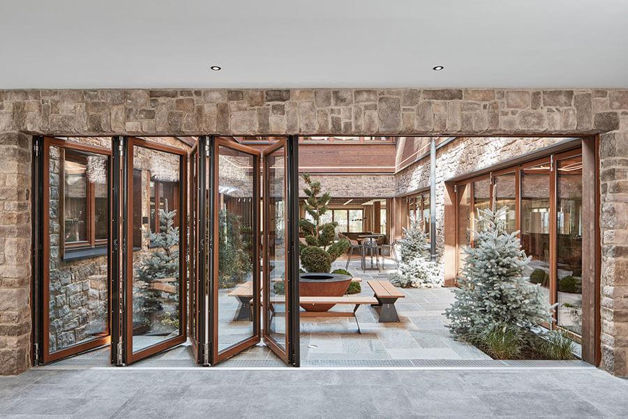 Glas-Faltwand aus Holt - Woodline