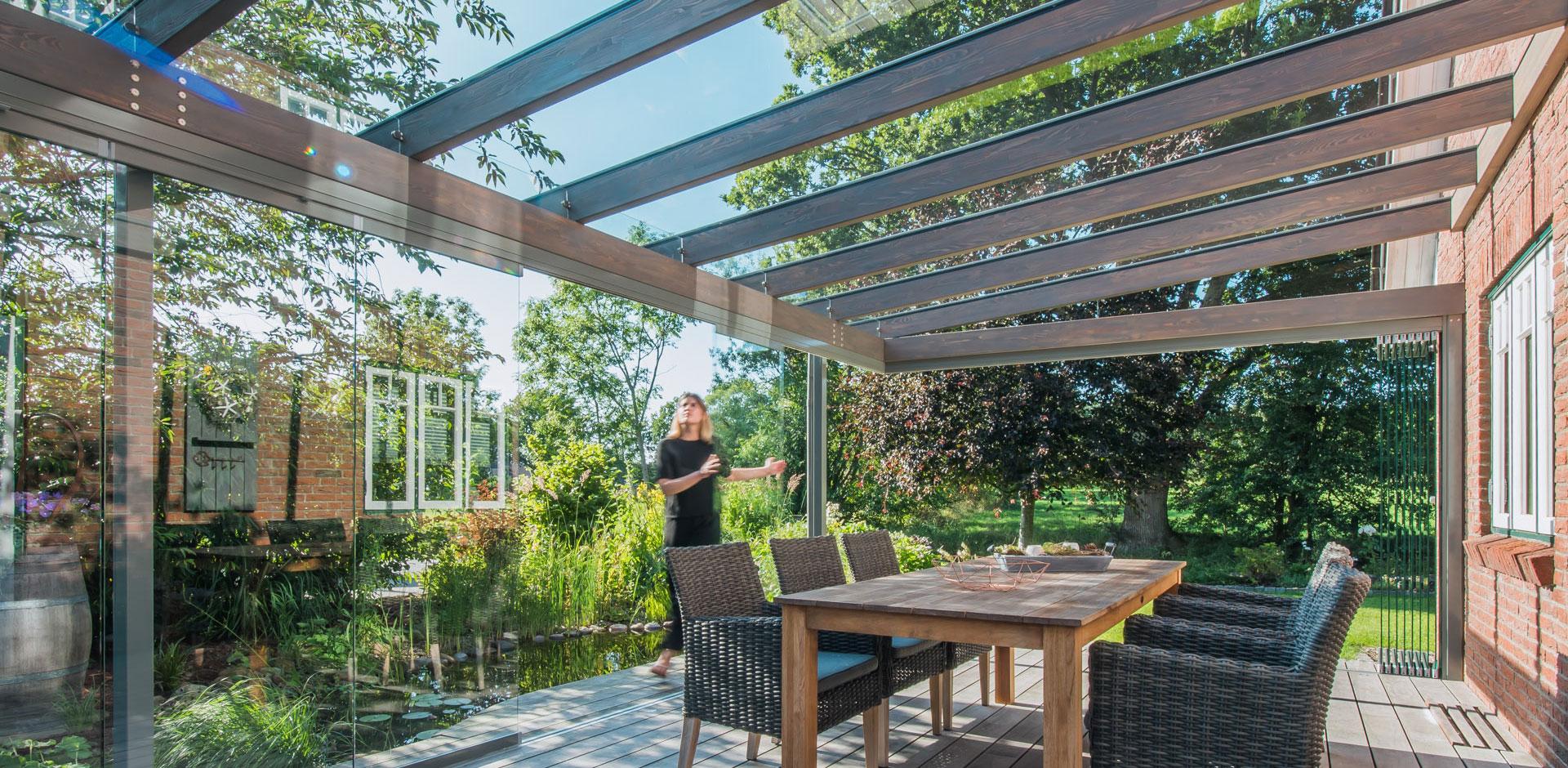 Terrassendach aus Holz und Aluminium - SDL Aura